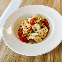 Seafood Spaghetti with Okinawa Squid and Prawns