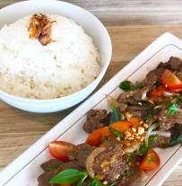 Thai Basil Sliced Beef with Rice