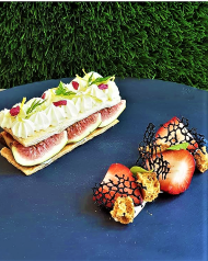 Figs Mille feuille with Malvasia Wine diplomatic creme and amaretti
